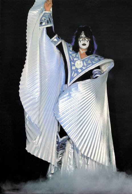 Ace Frehley News ! - Page 34 R0_0_710