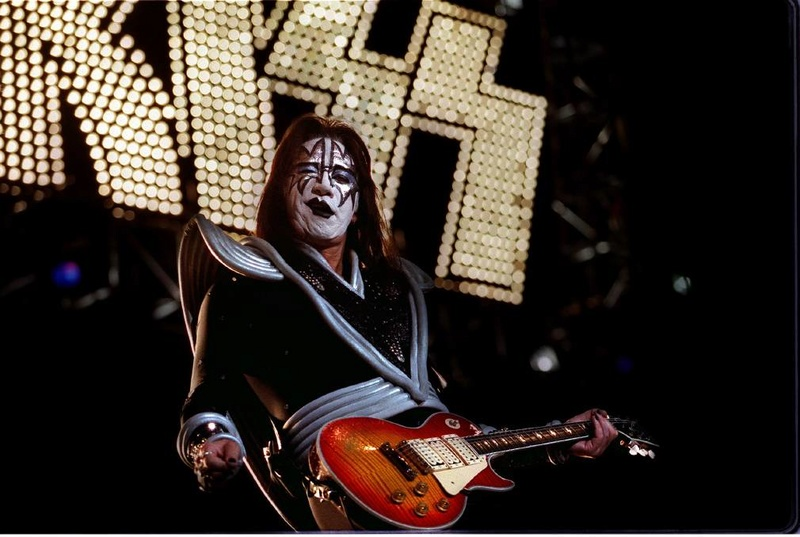 Ace Frehley News ! - Page 34 R52_4710