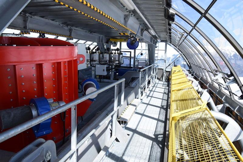 Motorisation télésièges et télécabines débrayables Dsc_0365