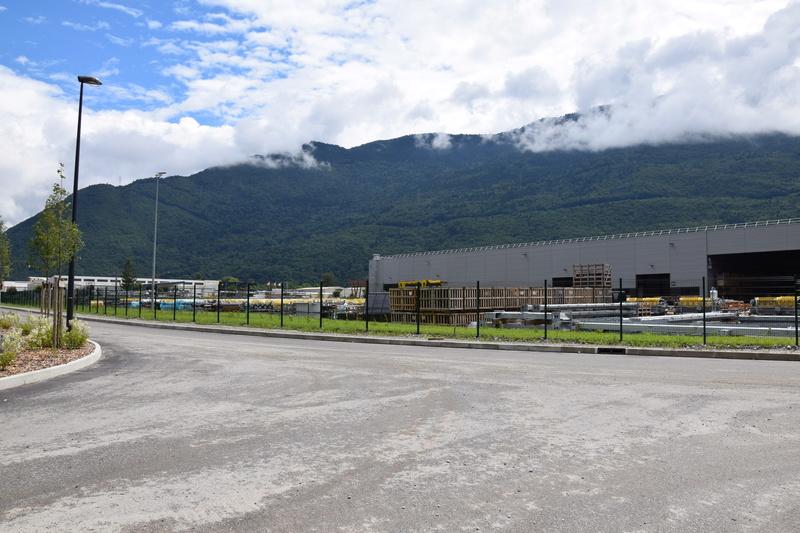 Nouveau site industriel Poma à Gilly sur Isère Dsc_0518