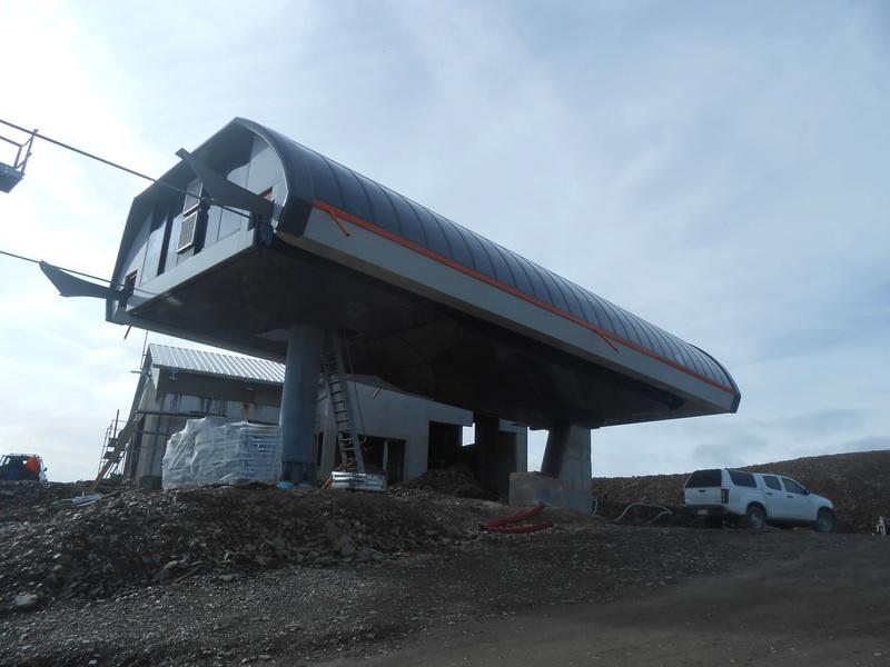 Construction du télésiège débrayable 6 places (TSD6) Bouleaux Dscn3311