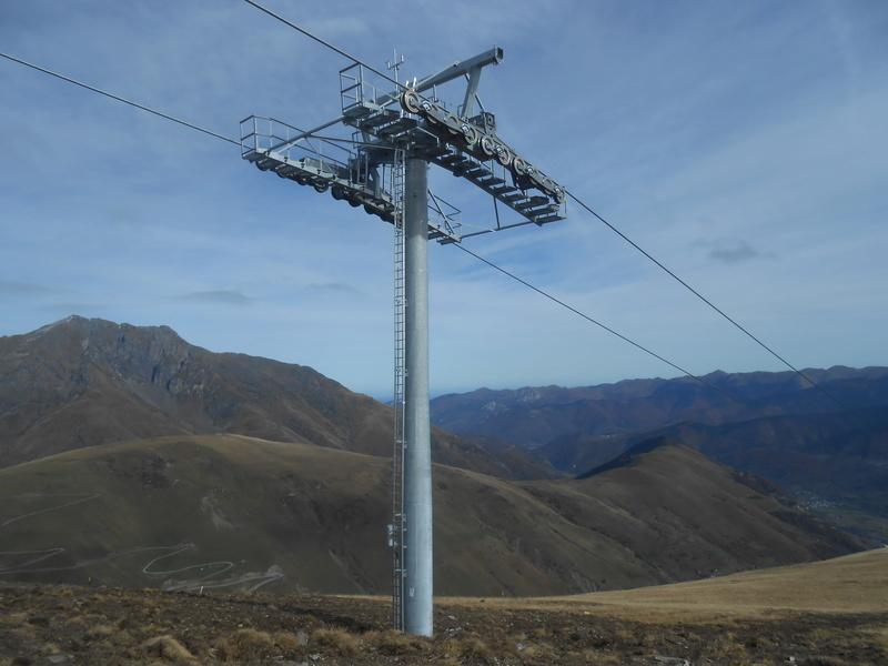 Construction du télésiège débrayable 6 places (TSD6) Bouleaux Dscn3315