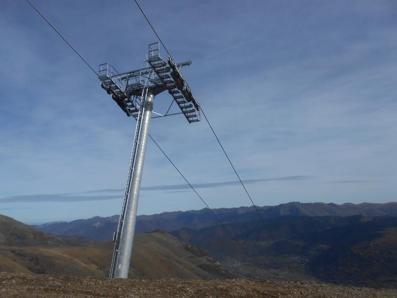 Construction du télésiège débrayable 6 places (TSD6) Bouleaux Dscn3414
