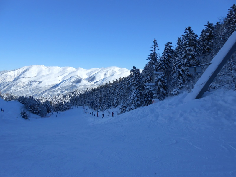 Le retour de la neige sur les massifs français pour la saison 2017/2018! Tk-lap10