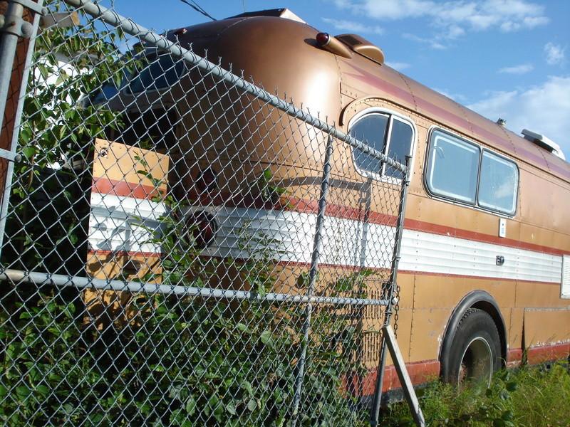 Autobus Prévost panoramique 1963 en ordre de marche légal pour la route unique ? Dsc06511