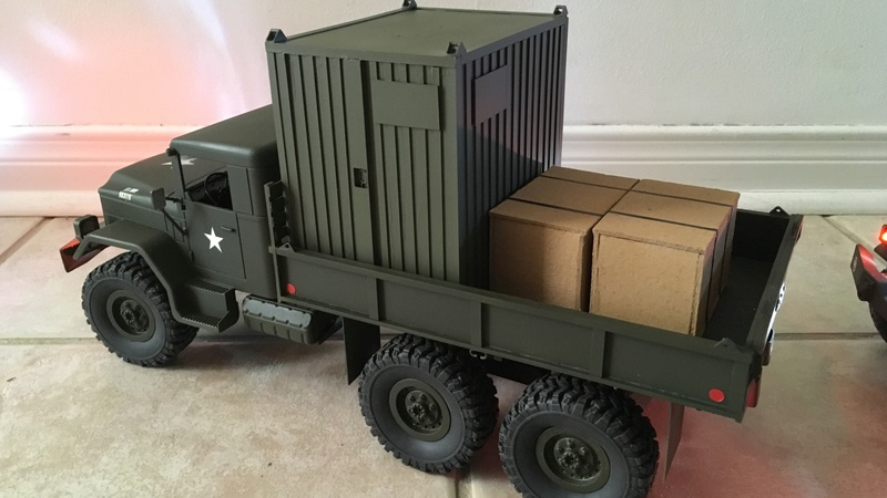 Hand made US conex container (Vietnam) Convoy14
