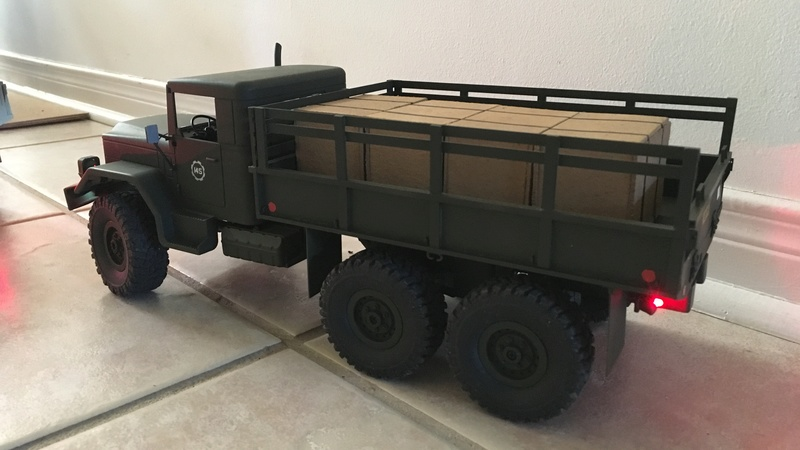 Hand made US conex container (Vietnam) Convoy15