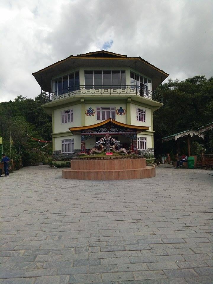 সুন্দরী সিকিমের সঙ্গ - যাপন sundari Sikkim 23972610