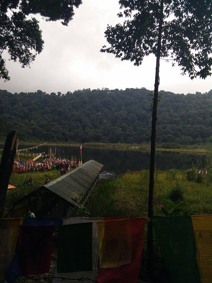 সুন্দরী সিকিমের সঙ্গ - যাপন sundari Sikkim 25114910