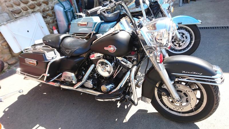 Road King uniquement, combien sur Passion-Harley  - Page 8 Rk_noi10