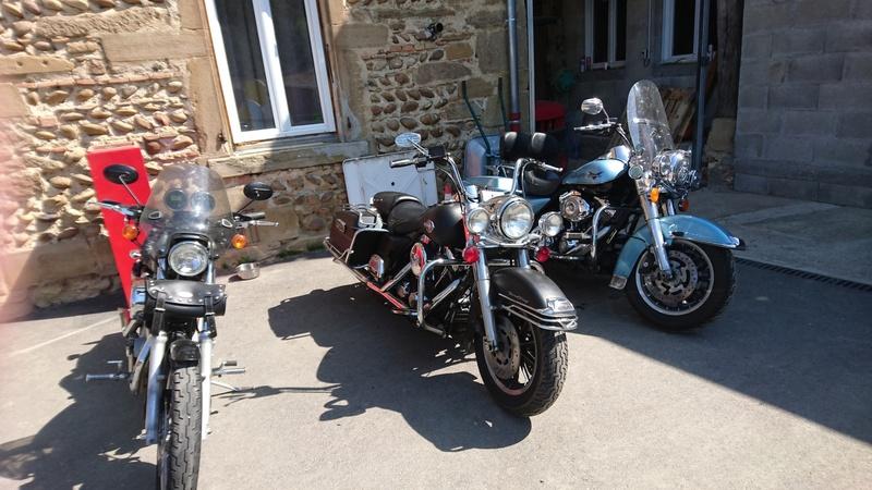Road King uniquement, combien sur Passion-Harley  - Page 8 Rk_noi11