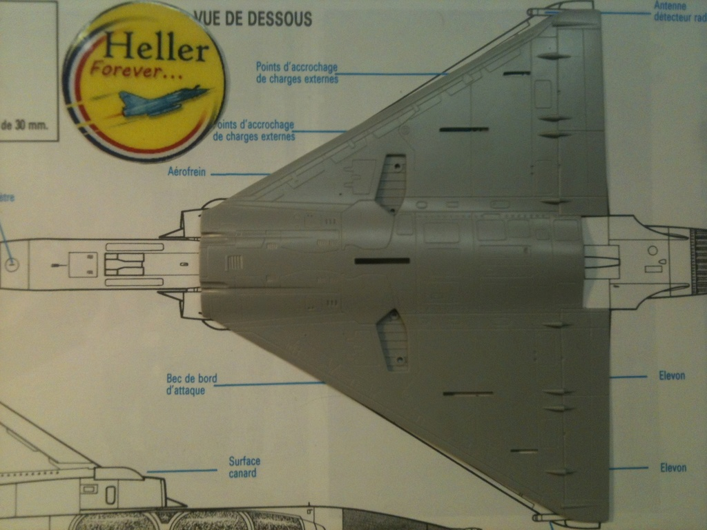 Comparatif DASSAULT MIRAGE 2000 C & N HELLER / ITALERI 1/72ème  Compar36