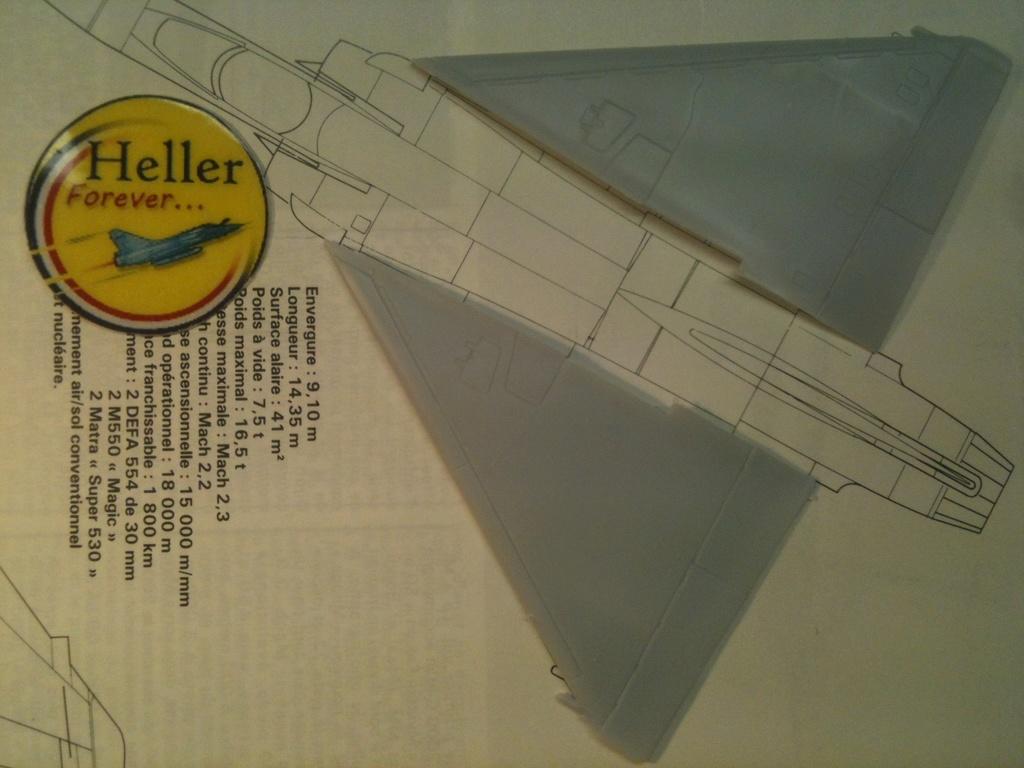 Comparatif DASSAULT MIRAGE 2000 C & N HELLER / ITALERI 1/72ème  Compar39