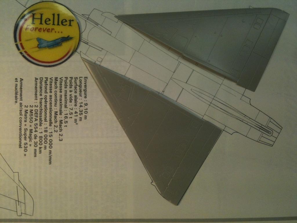 Comparatif DASSAULT MIRAGE 2000 C & N HELLER / ITALERI 1/72ème  Compar54