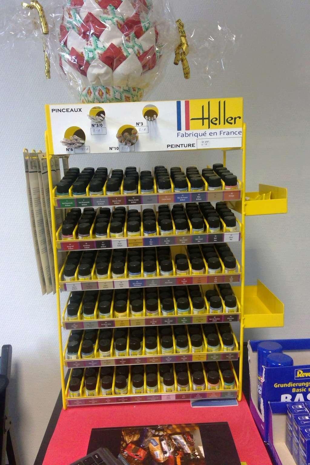 vos images des boutiques vendant du Heller  c'est ici  Win_2060