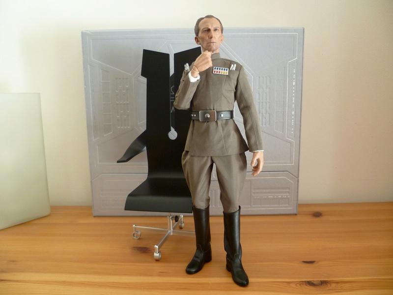 MMS???: Star wars : ANH - Moff Tarkin P1040339