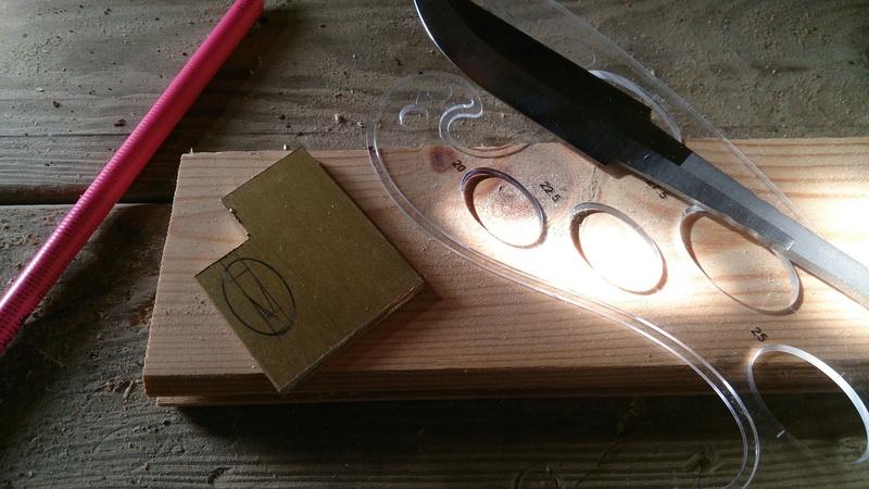 Mes projets-couteaux divers... - Page 6 Lauri710