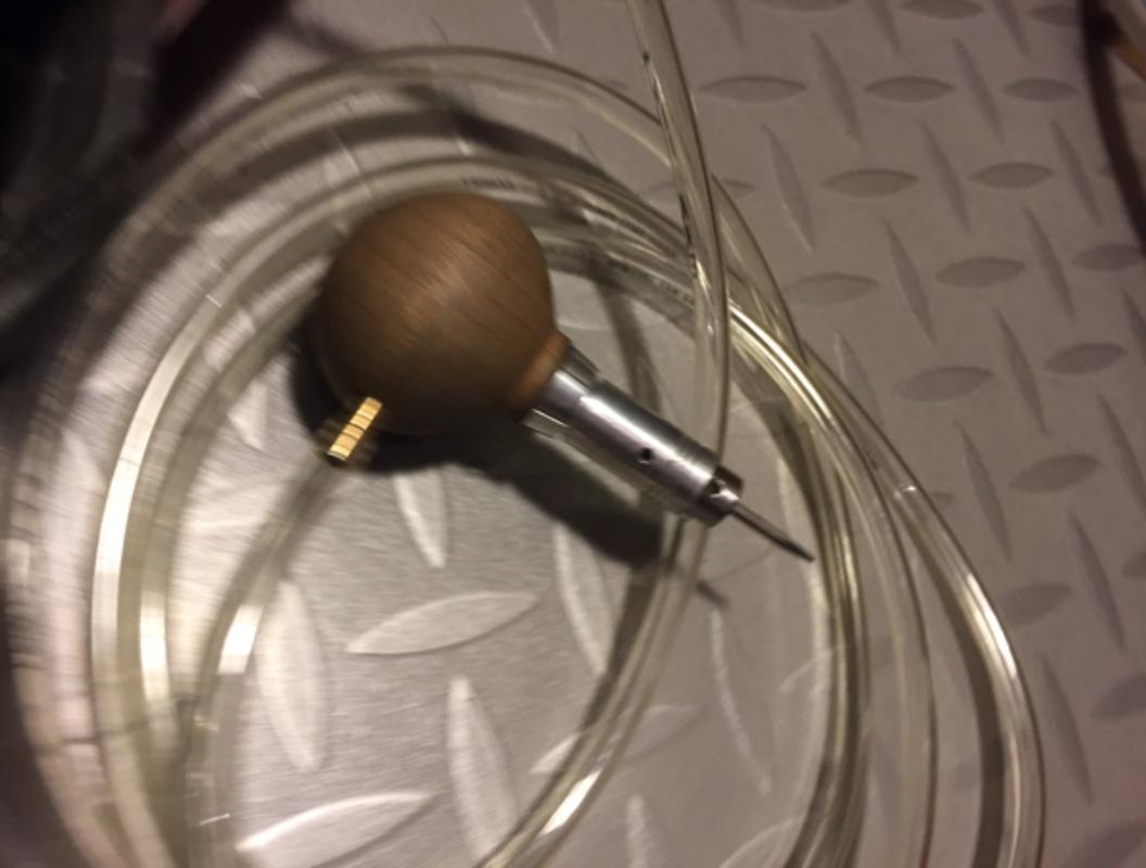 Echoppe pneumatique sans compresseur Img_3010