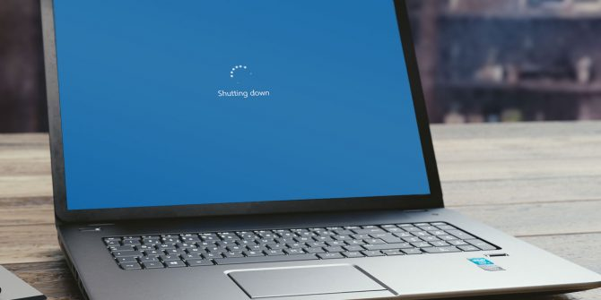 SlideToShutdown: Η καλύτερη κρυμμένη λειτουργία των Windows 10; Window11