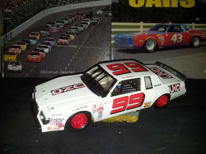 Buick Regal 1981-85 #99 UNO Tim Richmond  B_198110