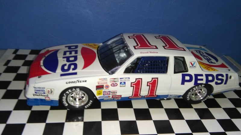 Chevy Monte-Carlo 1983 #11 Darrell Waltrip Pepsi  Img_2044
