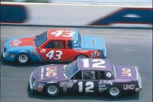 Buick Regal 1981-85 #99 UNO Tim Richmond  Thtp2u10