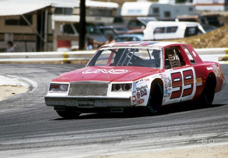 Buick Regal 1981-85 #99 UNO Tim Richmond  Tim_ri10