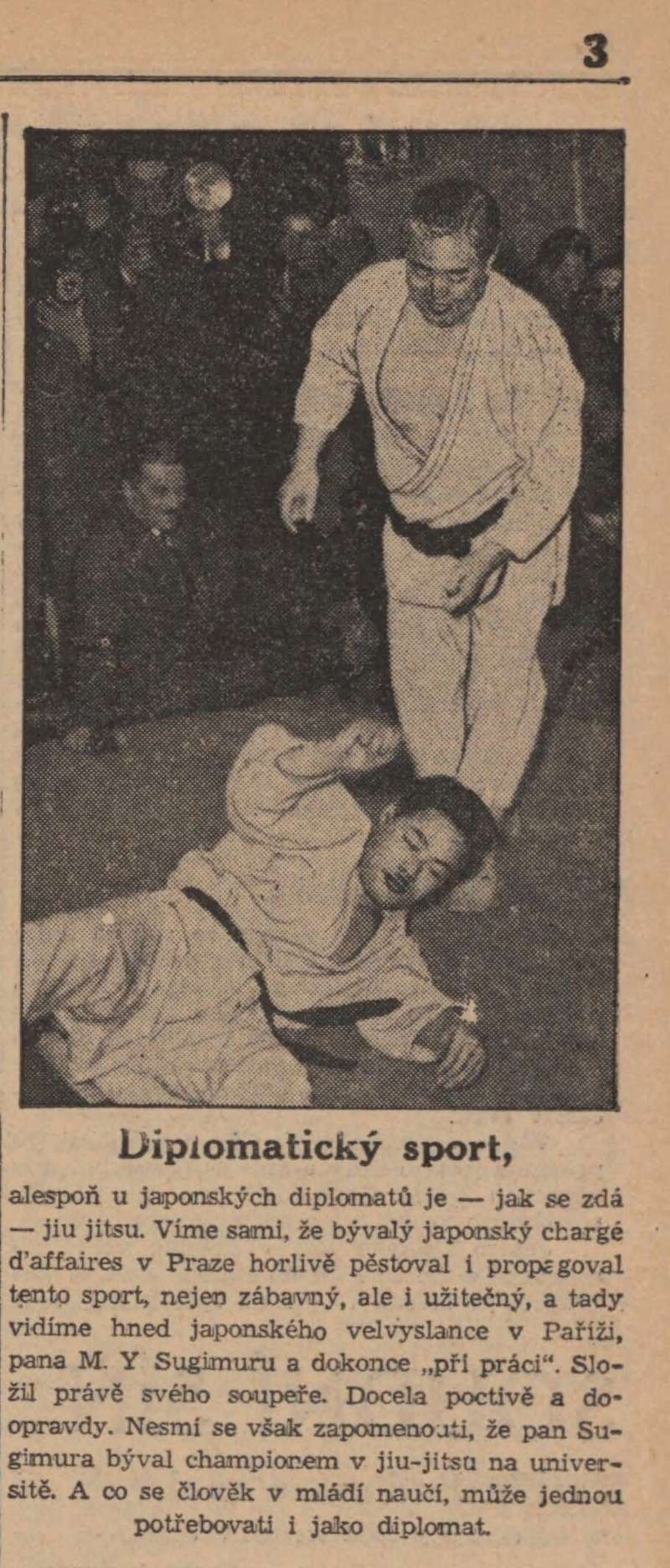 1938 - M. Y Sugimura (japanese ambasador in France) shows judo with Kawaishi in Paris 19380210