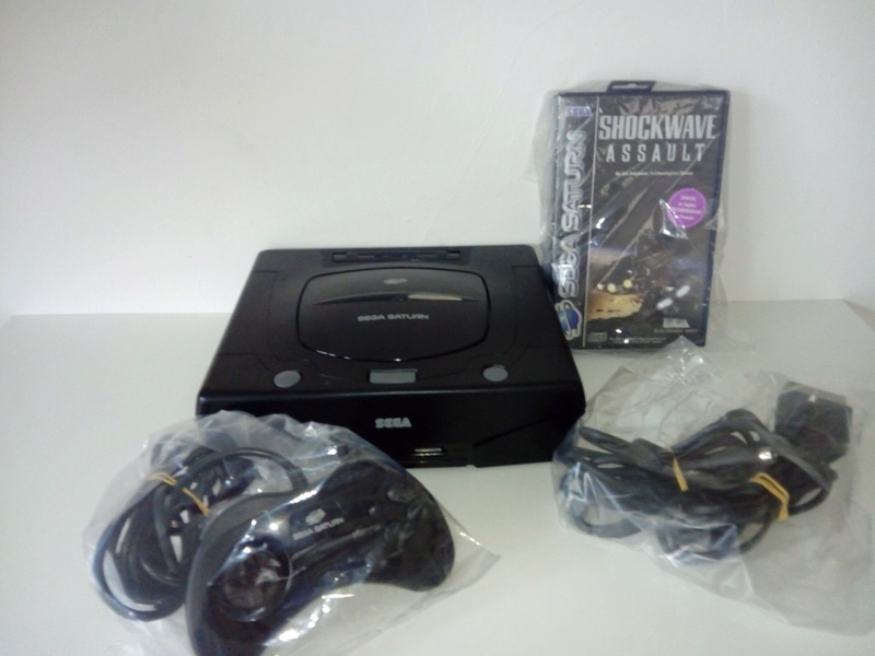 Console SEGA Saturn Complète + Shockwave Assault 111