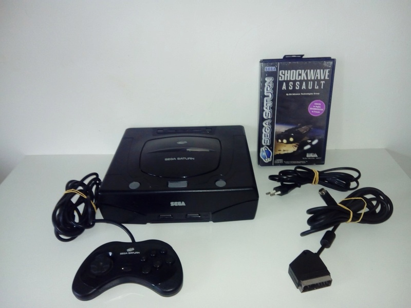 Console SEGA Saturn Complète + Shockwave Assault 211