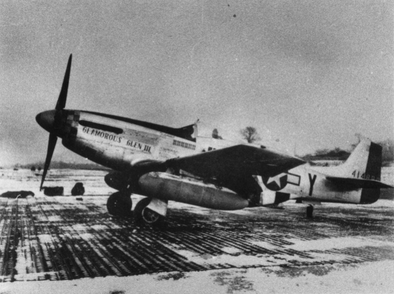 "[TAMIYA -1/32] P-51D 44-13318 ""Frenesi"" 357thFG 364th FS Colonel Thomas L Hayes 01_fre10"