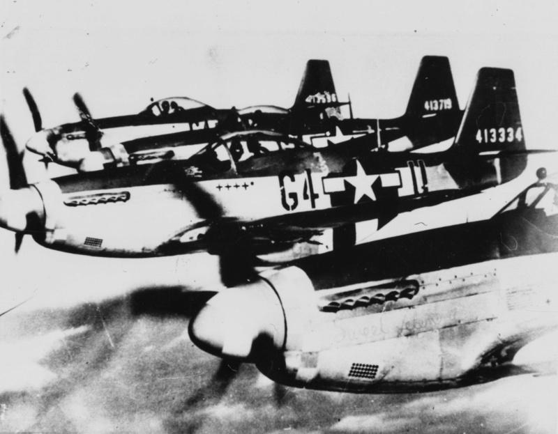 "[TAMIYA -1/32] P-51D 44-13318 ""Frenesi"" 357thFG 364th FS Colonel Thomas L Hayes 03_fre10"