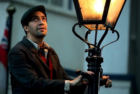Mary Poppins returns (avec Emily Blunt) Mv5bmm10