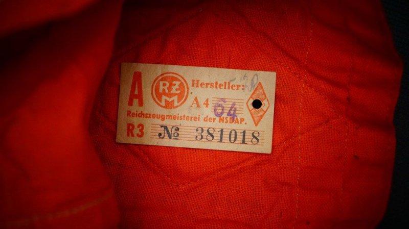 brassard 5e7bdb11