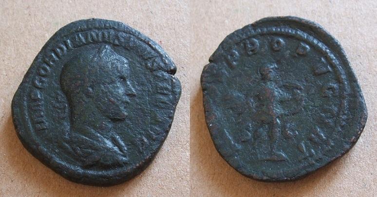 Mes bronzes du 3ème siècle - Page 12 Gordie10