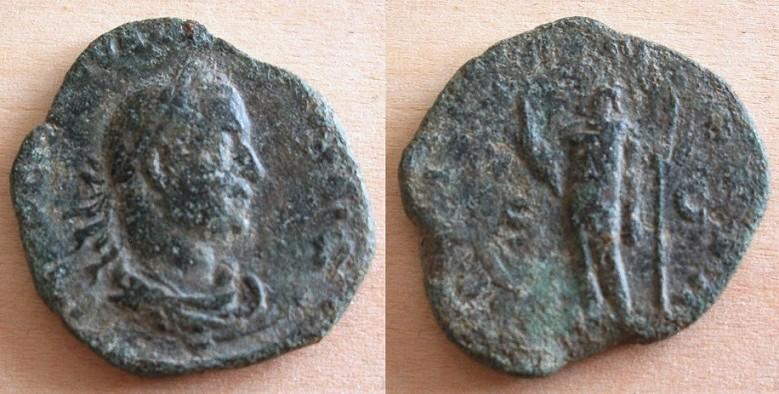 Mes bronzes du 3ème siècle - Page 12 Valeri10