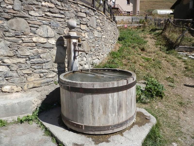 Česme, bunari i izvori - Page 6 Esma2312