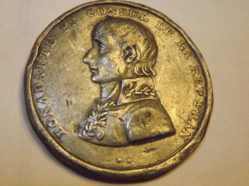 Médaille à identifier (Bonaparte) Dscf5514