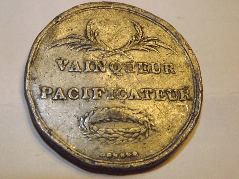 Médaille à identifier (Bonaparte) Dscf5515