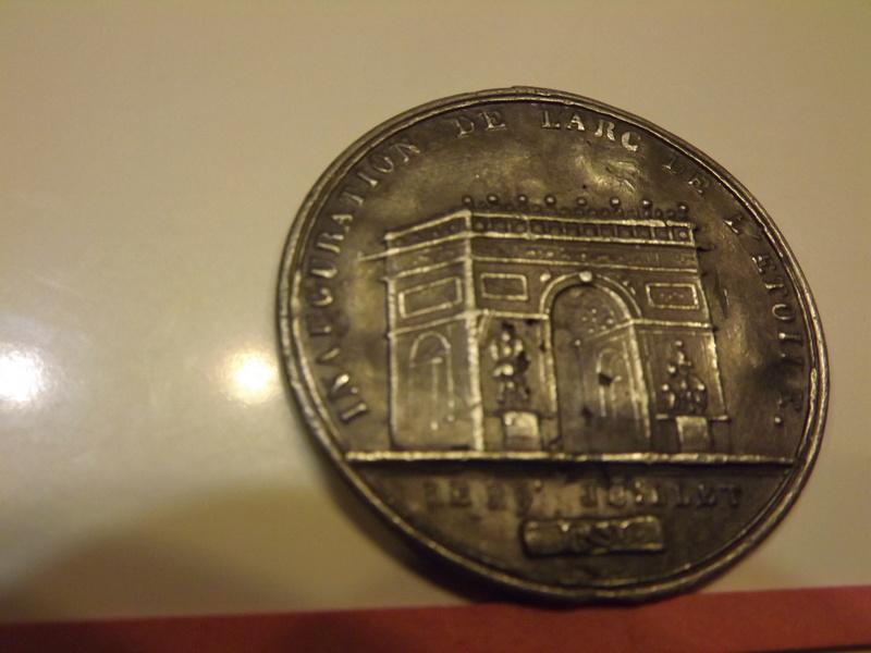Médaille à identifier (Arc de Triomphe) Dscf5610