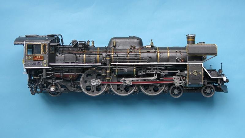 Locomotive C 57 de la JNR  Img_8316