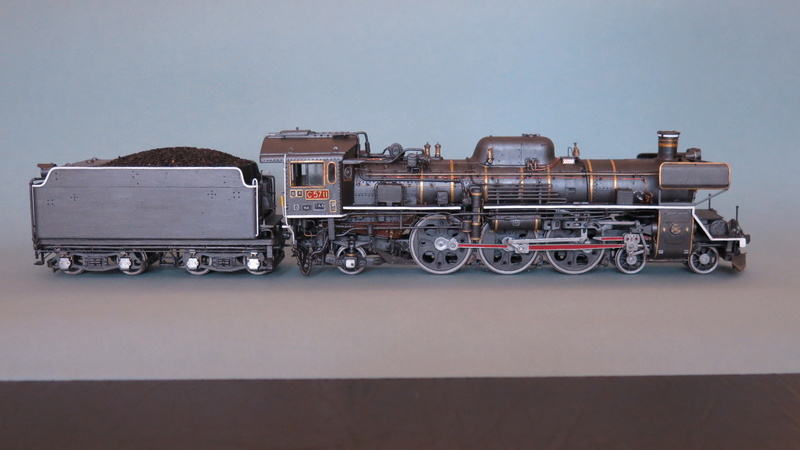 Locomotive C 57 de la JNR  - Page 2 Img_8326