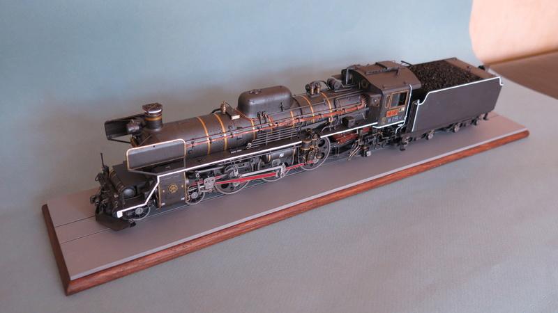 Locomotive C 57 de la JNR  - Page 2 Img_8433