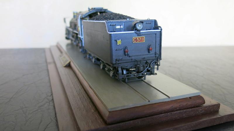 Locomotive C 57 de la JNR Img_8452