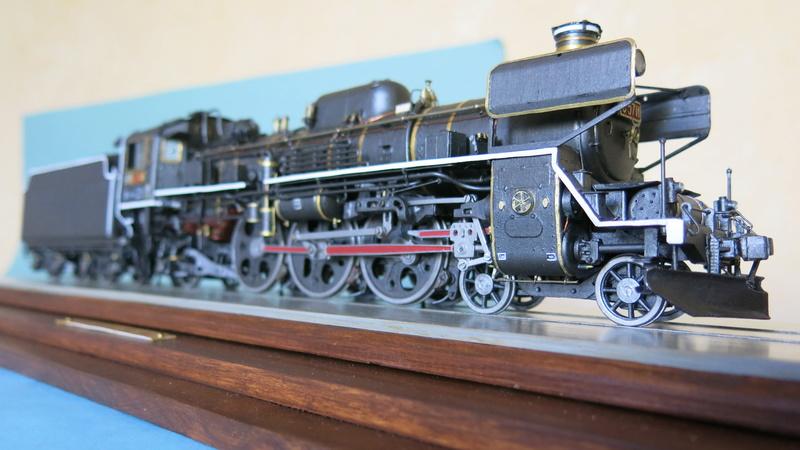 Locomotive C 57 de la JNR  - Page 2 Img_8525