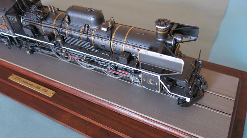 Locomotive C 57 de la JNR  - Page 2 Img_8526