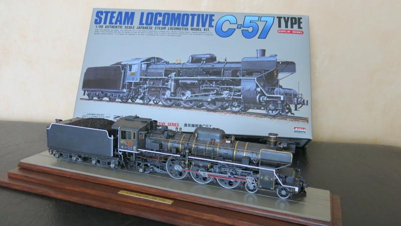 Locomotive C 57 de la JNR  - Page 2 Img_8528