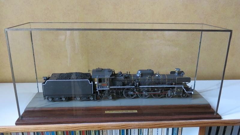 Locomotive C 57 de la JNR  - Page 2 Img_8533
