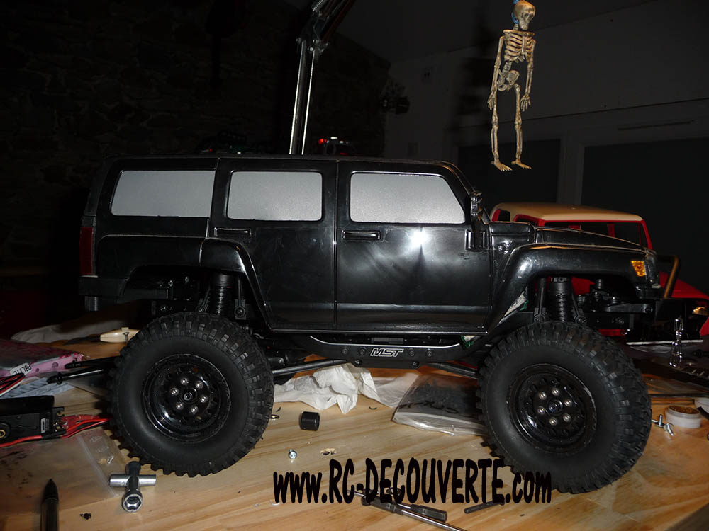 Montage MST CMX Kit : Jeep & Hummer - Page 4 02-aju10