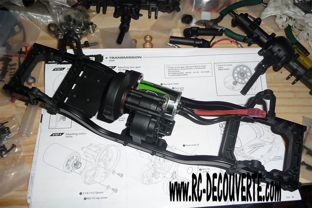 Montage MST CMX Kit : Jeep & Hummer - Page 3 3-boit10